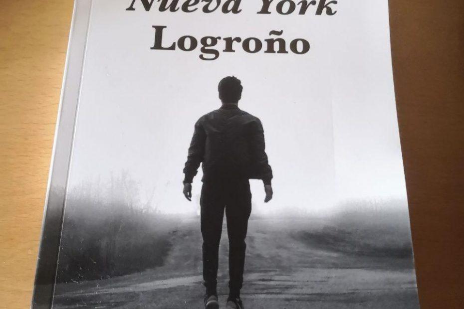 Madrid Nueva York Logroño foto del libro sobre una mesa